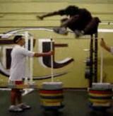 動画:167cmの大ジャンプ [神]
