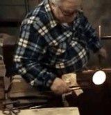 動画:ガラス細工職人の魅せる神業 [神]