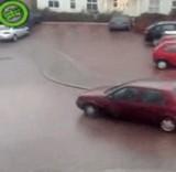 動画:あまりにも滑りすぎる道路 [衝撃]