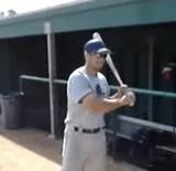 動画:野球 -大回転スイング- [感動]