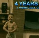 動画:4才の少年が高台からバク転 [感動]