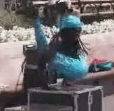 動画:黒人の軟体人間 [おもしろ]