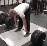 動画:バーベルを持ち上げた男、その後・・・ [衝撃]