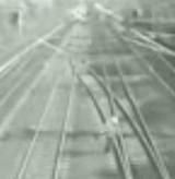 動画:電車を2回連続ギリギリでかわす男 [衝撃]