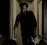 動画:エレベーターのスイッチを入れたらその先には・・・