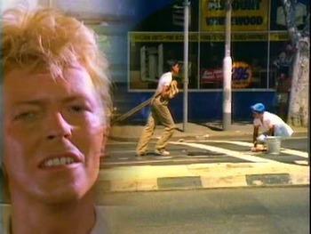 デヴィッド・ボウイがエキゾチックだった頃。。「レッツ・ダンス」MV(1983)