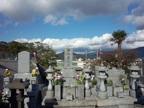 夏目雅子さんの墓