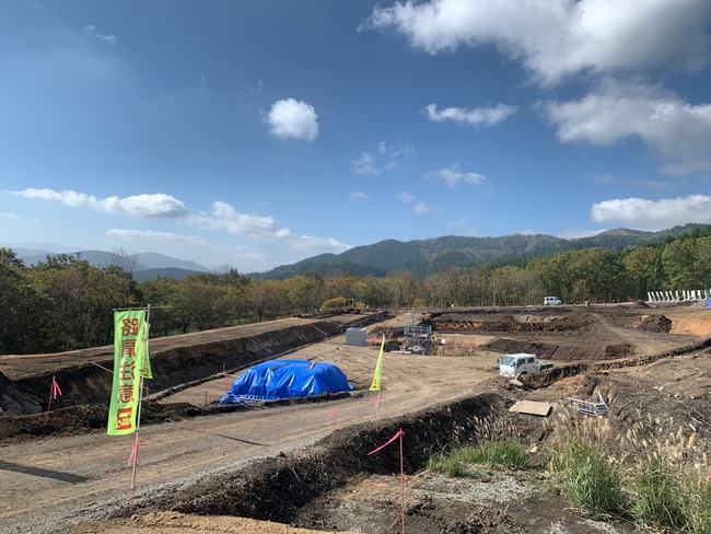 玖珠太陽光 調整池工事様子 東側