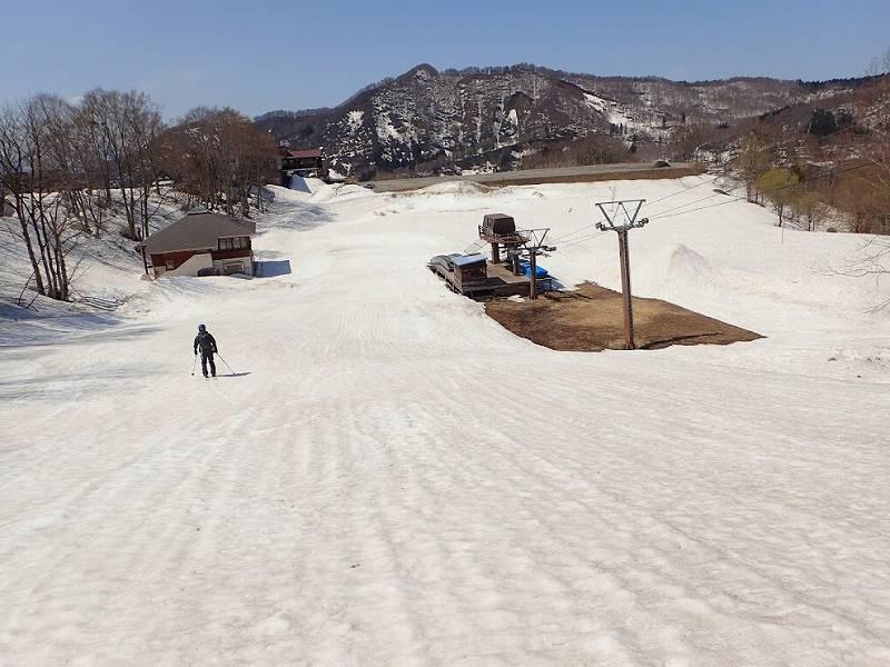 スキー 湯殿 場 山 湯殿山ホテル~湯殿山~東斜面~装束場~湯殿山神社(周回)