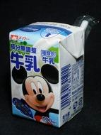 成分無調整牛乳ディズニーパッケージ