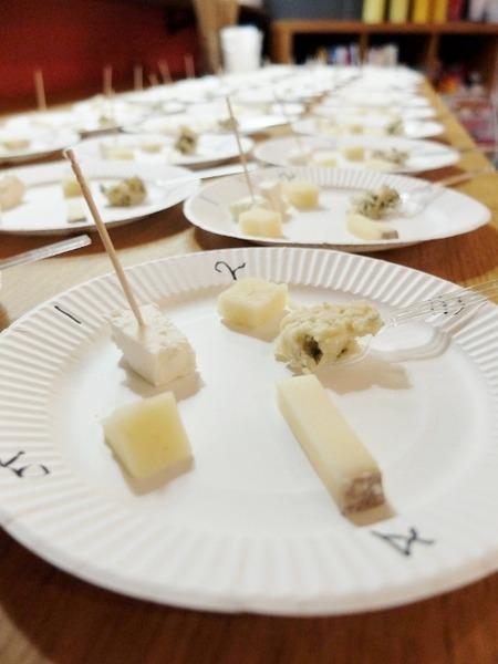 綿羊乳のチーズ5種類を試食