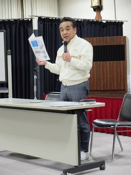 中田社長からトモヱ乳業の概要説明
