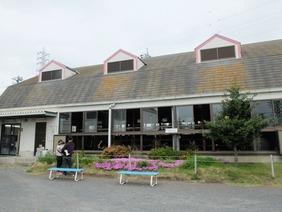 飯田牧場の牛舎
