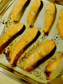 鮭のミルク塩麹焼き