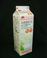 イオン「1.0低脂肪牛乳」07年3月3D