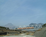 島原鉄道が平成新山の麓を走ります