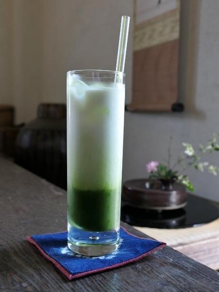 """三十三茶屋で""""冷たい緑茶の牛乳割り""""をいただきました♪"""
