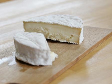 白カビチーズを試作中