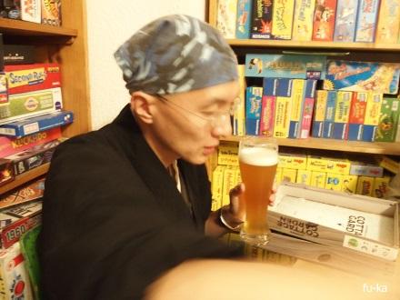 ビール片手坊主