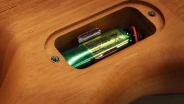 VDR-60TH_battery box