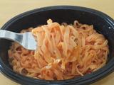 トマトソースフェットチーネ調理例