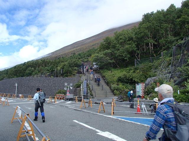 002 登山口