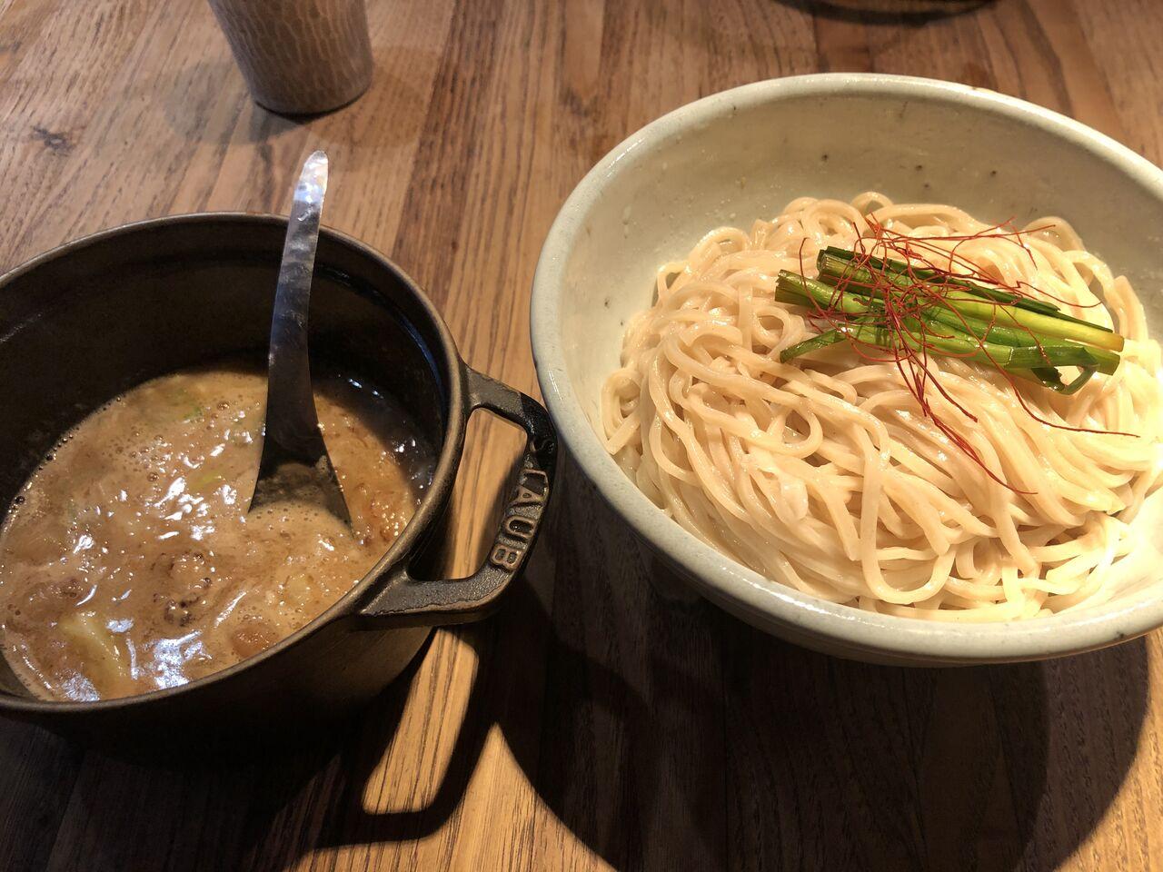 和醸良麺 すがり 「もつつけ麺」