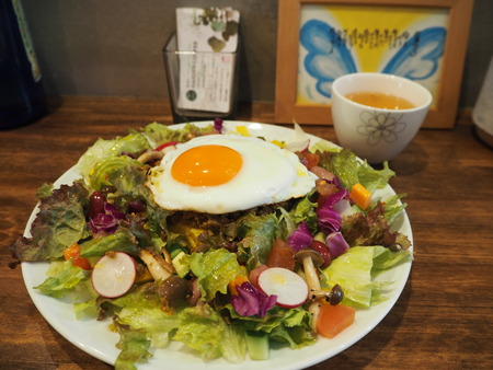 16-長崎市玉園町 花カフェ ガーデンコーヒーPB084209