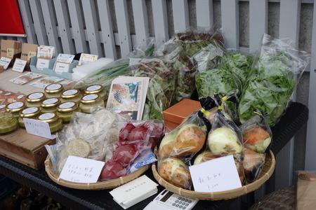 24-小浜デザインマーケット 田中たねの農園DSC03029