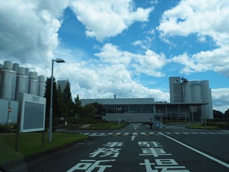 6-サントリー九州熊本工場 工場見学P8115934