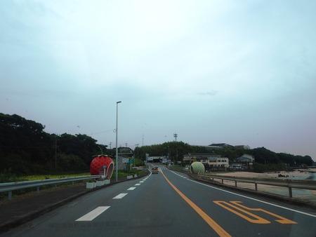 2-1-諫早市小長井町 フルーツバス停とひまわりP7193368