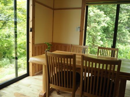 18-東彼杵町 そのぎ茶温泉 里山の湯宿 つわぶきの花P5310270