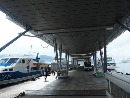 8-上五島 長崎港ターミナルPB200433