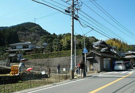 4−長崎市 間の瀬トトロのバス停yo