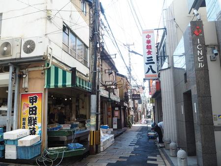 1−長崎市銅座町 甲田鮮魚 銅座店PA130035