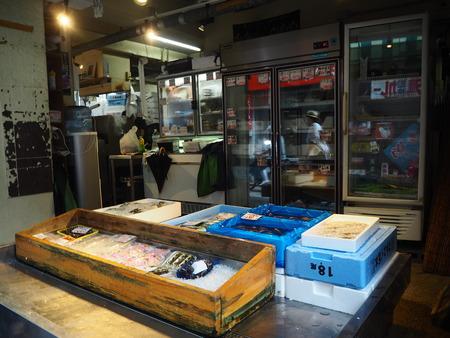 8-長崎市銅座町 甲田鮮魚店 銅座店P8250702