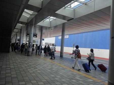 1-福岡空港DSC08230