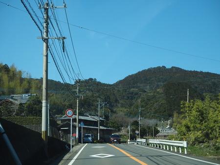 4-長崎市 間の瀬トトロのバス停P2233292