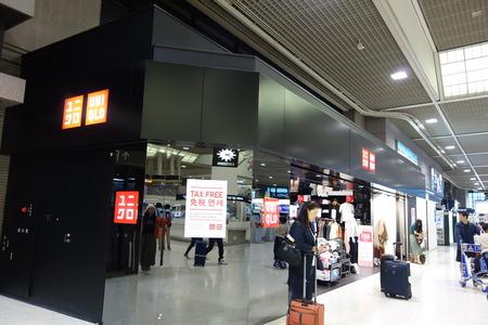 18-成田空港ユニクロ3FDSC03820