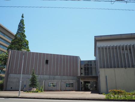 1−諫早市 図書館カフェ ヒュッゲP6230216