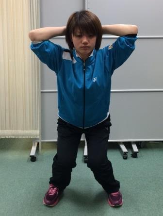 スクワット(×膝内反姿勢)