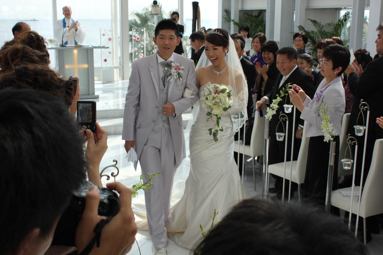 IMG_6867 ・ 結婚式でなぜか気合がはいった二人。