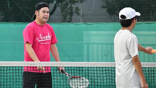 tennis-school_noah-indoor08