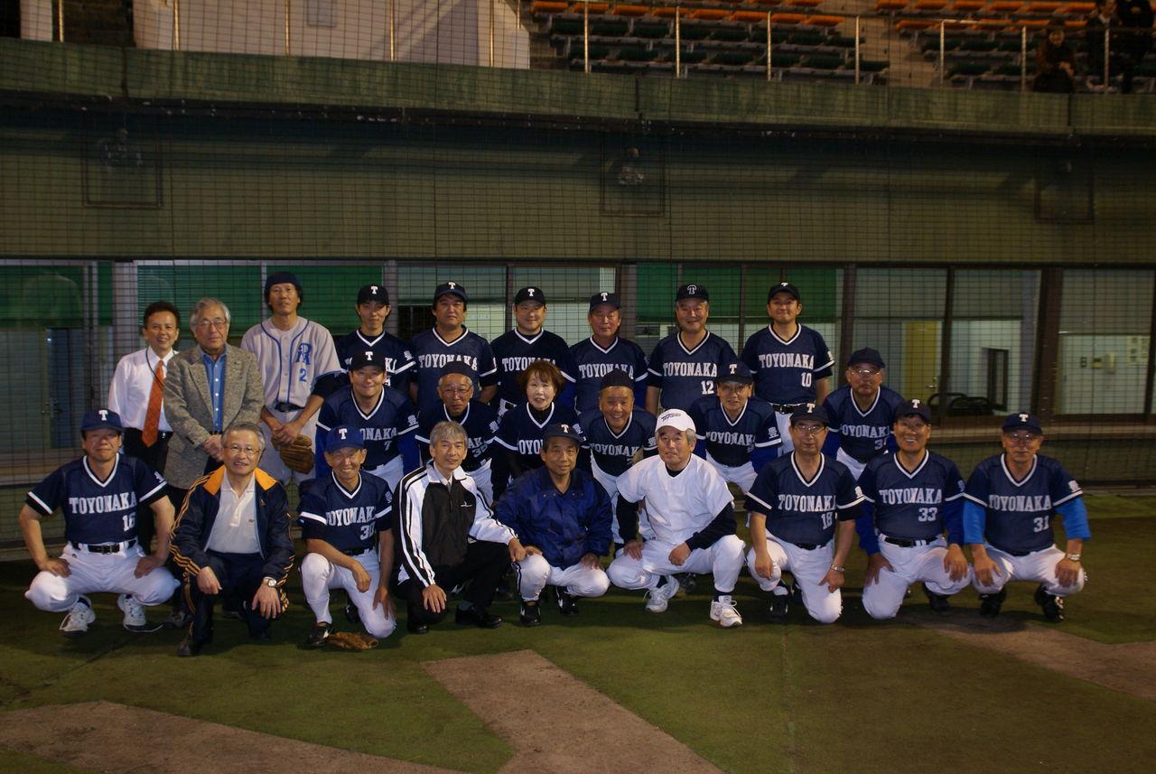 議員団野球2