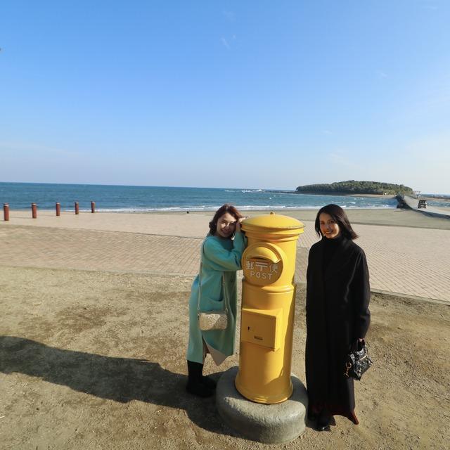 ORC福岡-宮崎便で行く女子旅。青島の幸せの黄色いポスト。