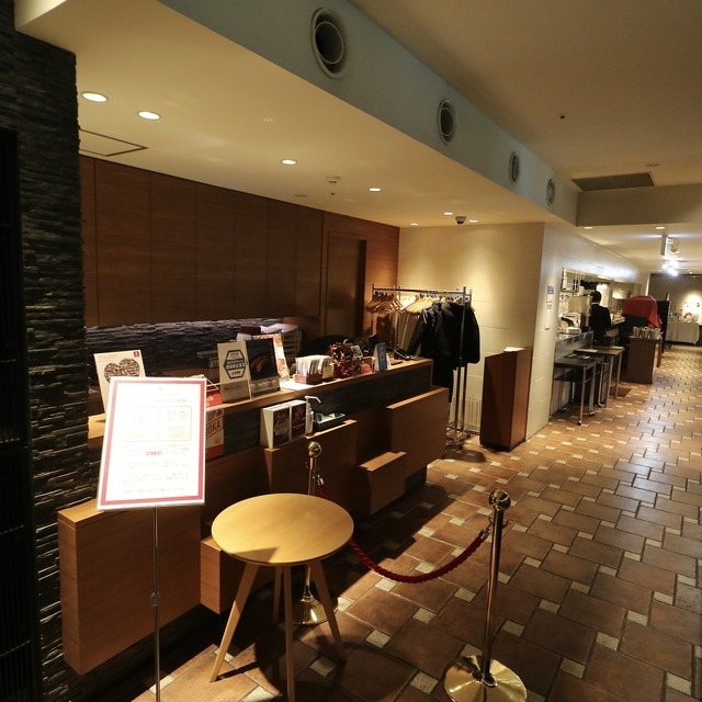 西鉄グランドホテル「グランカフェ」内観