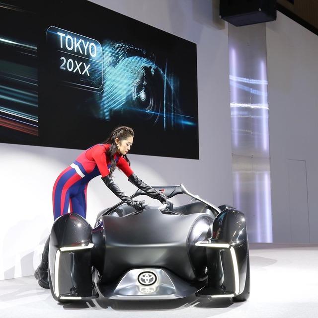 福岡モーターショー2019_トヨタ コンパニオン