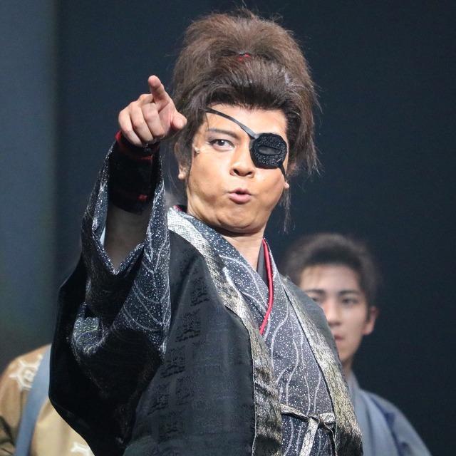博多座「魔界転生」舞台写真