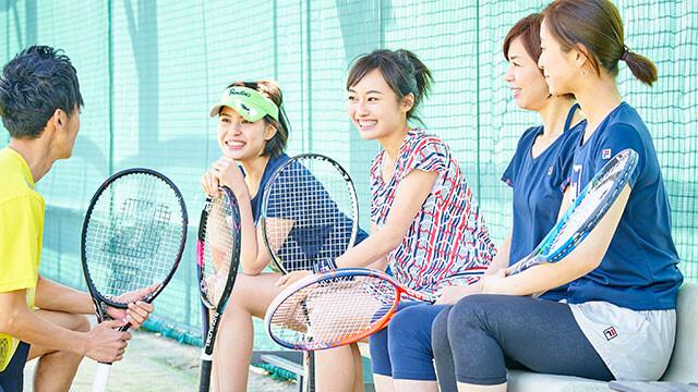 「アサヒ緑健 久山テニス俱楽部」レッスン