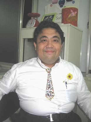 ネクタイの巻き方 ネクタイの結び方 ネクタイの締め方 ネックレス